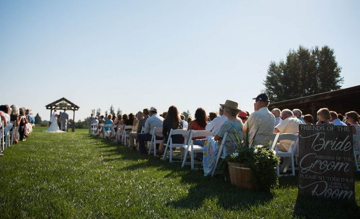 Wedding Venue In The Heart Of Willamette Valley Between Mcminnville And M On Beautiful Grand Island